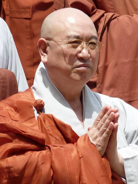 buddhisticky-mnich
